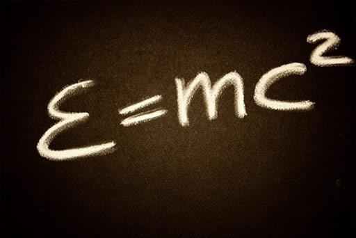 Fórmula simplificada de la Teoría de la Relatividad